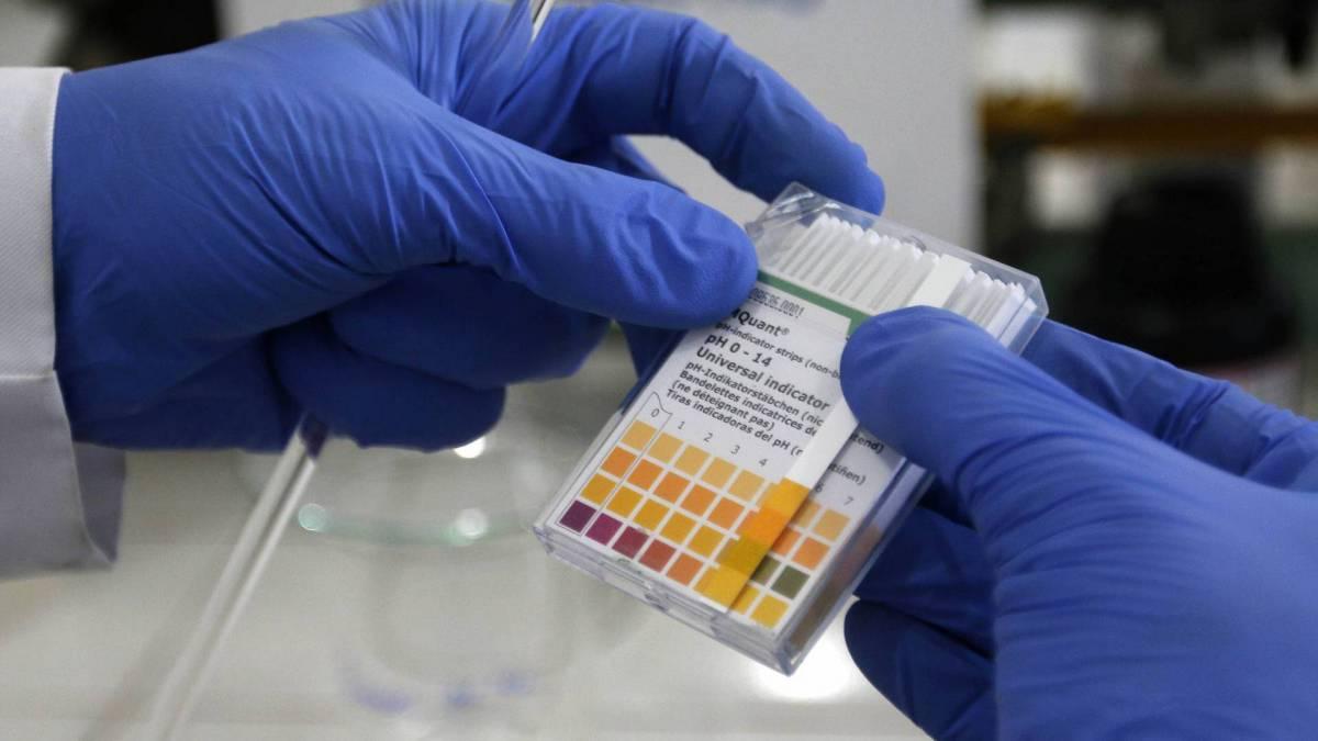 Instituto Federal do Rio de Janeiro produz e distribui álcool em gel para comunidades