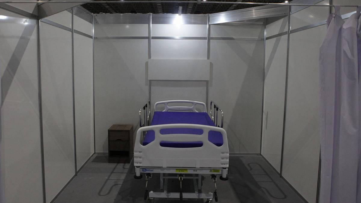 Rio, 31/03/2020  - COVID 19 - CORONAVÍRUS - Montagem do hospital de campanha para tratamento de pacientes com COVD 19. Rio Centro, Jacarepaguá. zona oeste do Rio. Foto: Ricardo Cassiano/Agencia O Dia