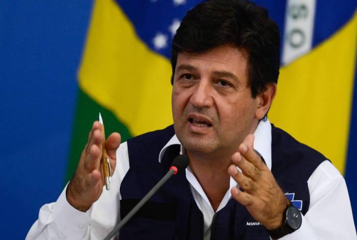 O ministro da Saúde, Luiz Henrique Mandetta, explicou como será a construção do hospital de campanha em Goiás