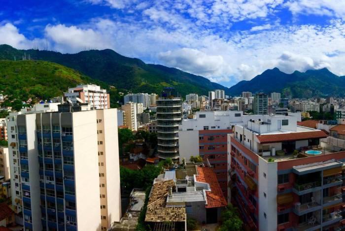 Matéria especial Pandemia do novo coronavírus. Moradores do Estado do Rio registram de suas casas a visão que têm da rua durante a pandemia do novo coronavírus. Fotos do estudante de Engenharia Elétrica Matheus Zidan, de 24 anos, morador da Tijuca