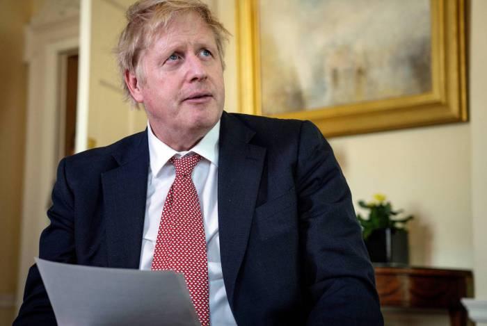 Boris Johnson pede que britânicos continuem em quarentena para evitar segunda onda de coronavírus no país