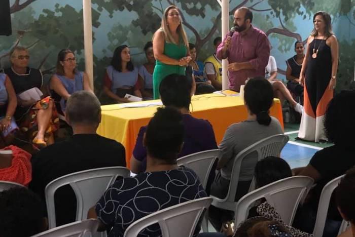 Bruno Ribeiro é advogado e recebe a cada 'live' um especialista na área do Direito