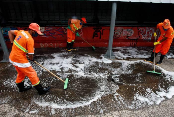 Lavagem e desinfecção