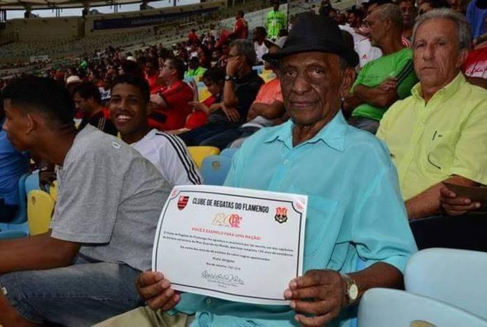 Índio durante homenagem do Flamengo, em 2015