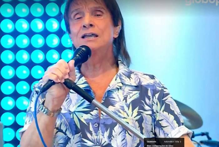 Roberto Carlos, primeira LIVE. Reprodução do Facebook/Globoplay