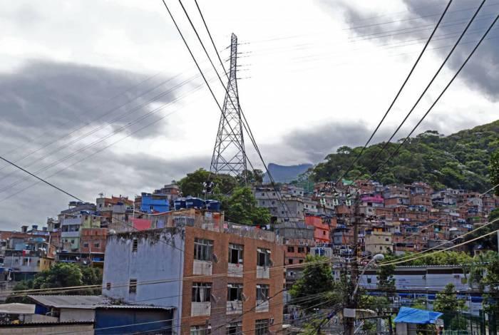 Moradores de favela sofrem mais com impactos na saúde mental