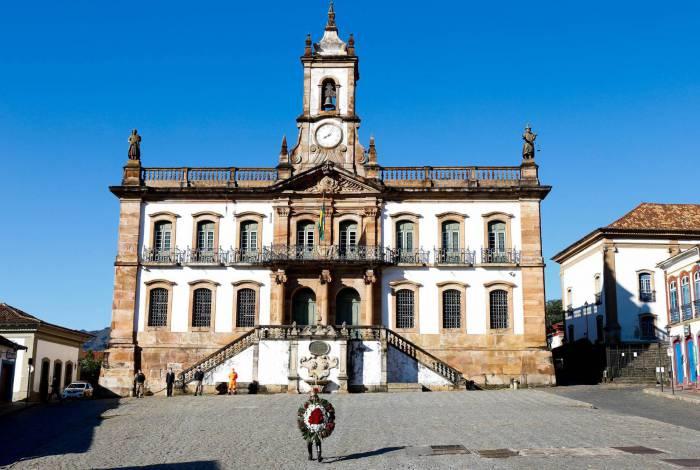 Ato simbólico homenageia o Dia da Inconfidência, em Ouro Preto