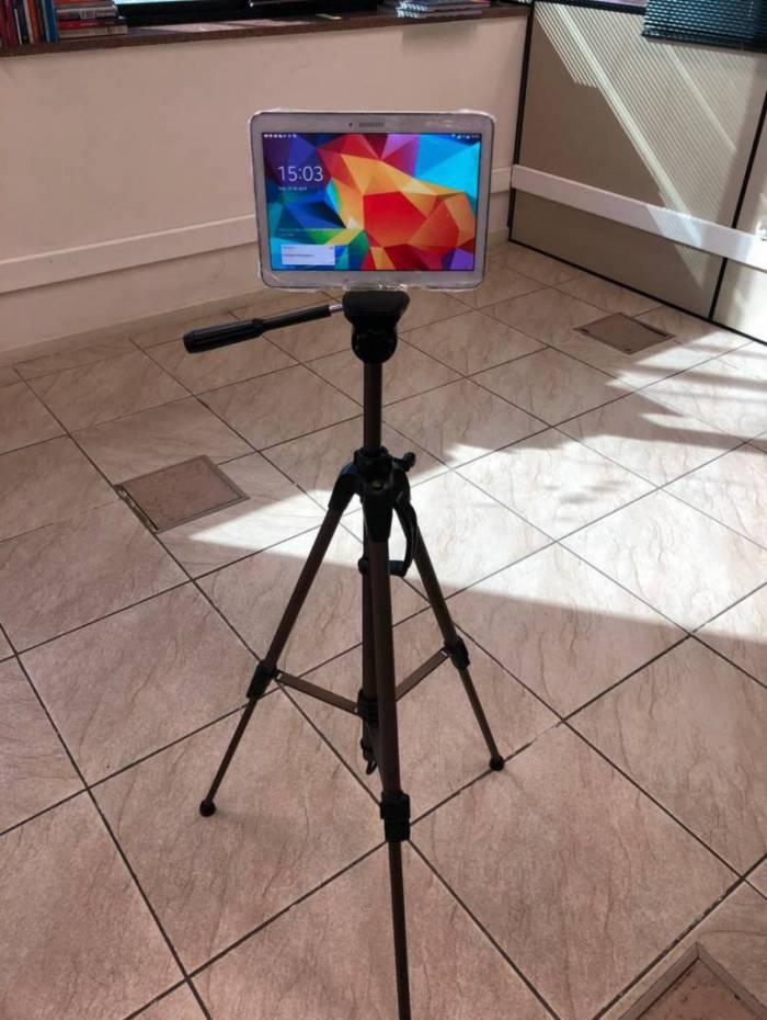 Por meio de tablets, o hospital de campanha do Riocentro encurtará essa distância, provocada pelo isolamento, com videochamadas