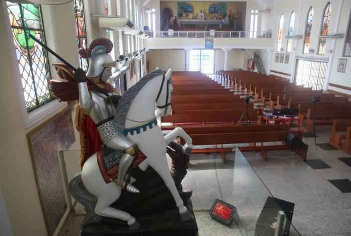 Por causa da pandemia, missas na Igreja Matriz, em Quintino, serão virtuais