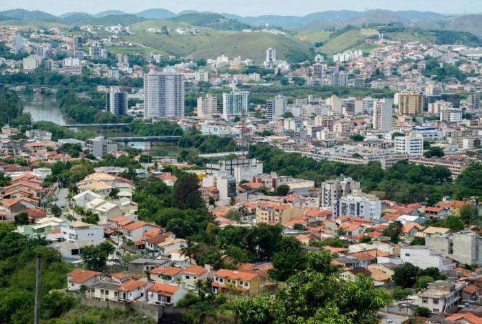 Secretaria Municipal de Infraestrutura de Volta Redonda prossegue com manutenção, limpeza e sanitização