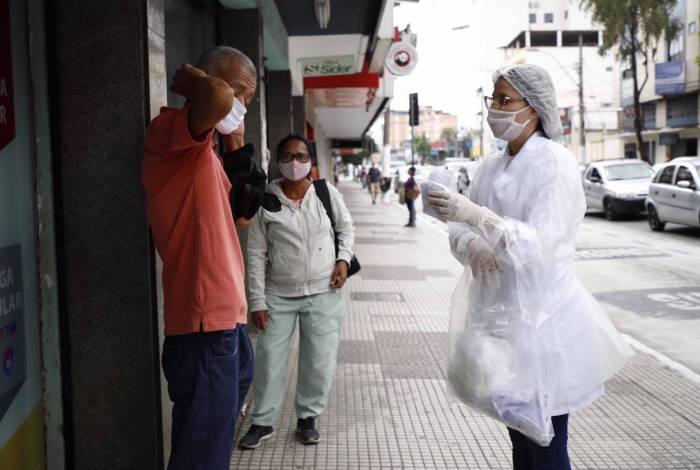 Volta Redonda realiza distribuição de máscaras