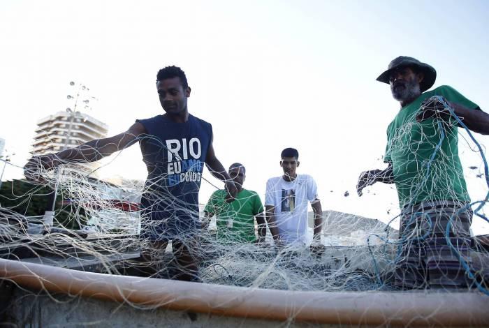 Colônia em Copacabana registra redução da procura por pescados
