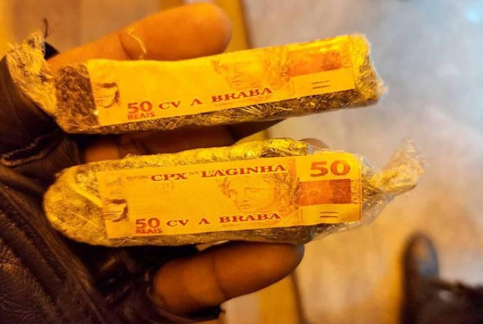 Ao ser detido, o suspeito disse que havia comprado a droga em Pedro do Rio depois de sair de uma festa