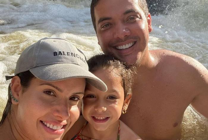 Wesley Safadão descobriu uma cachoeira no haras da família