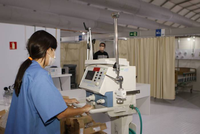 Serviço visa acolher profissionais de saúde