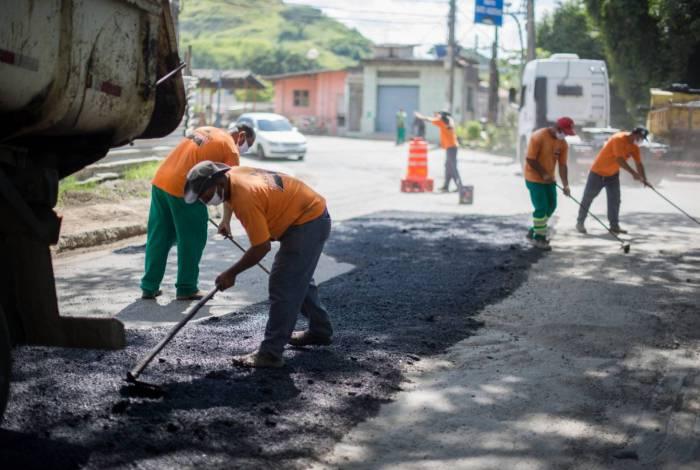 Serviços de manutenção seguem pelos bairros de Volta Redonda