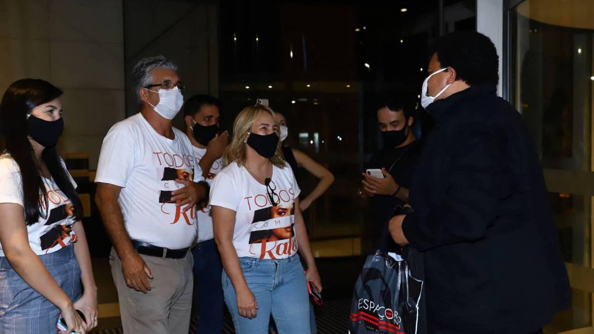 Babu com a família de Rafa no hotel