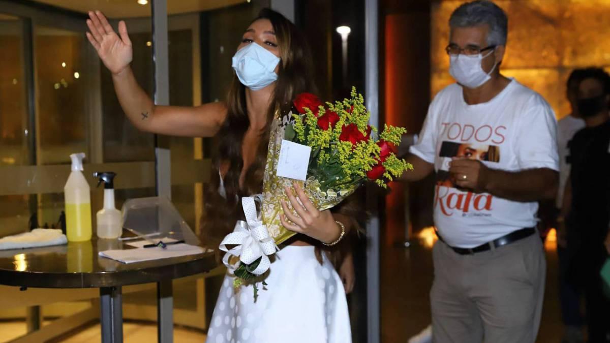 Rafa Kalimann no hotel após a final do 'BBB 20'