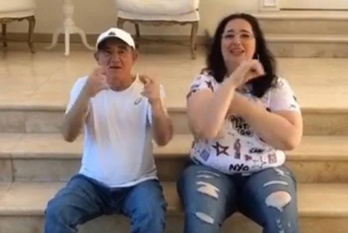 Renato e Lilian Aragão dançando 'Tudo No Sigilo'