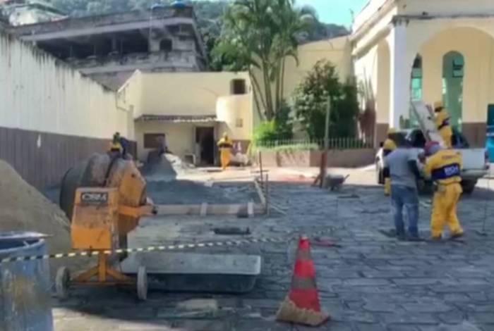 Vereadores acionam MP contra Prefeitura após instalação de tomógrafo na Igreja Universal