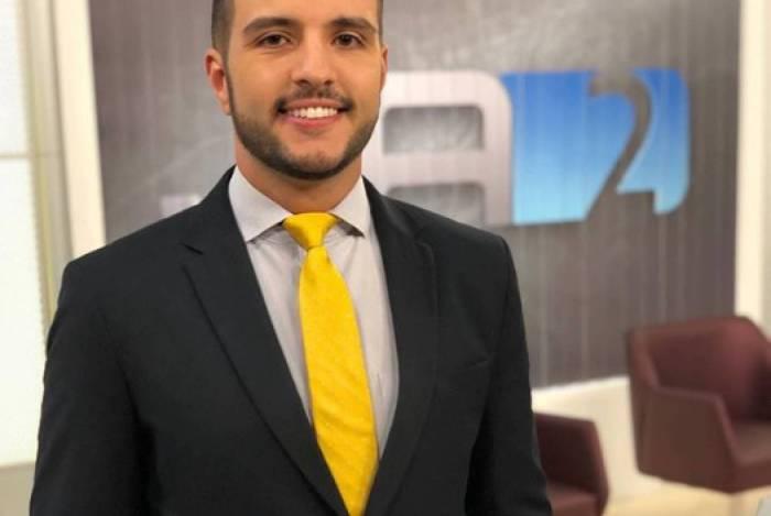 Jornalista Matheus Ribeiro é o mais novo contratado da Record TV
