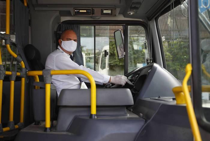 Rio de Janeiro 04/05/2020 - Covid-19 - HEROI DA PANDEMIA - O motorista de onibus Marcos Vinicius. Foto: Luciano Belford/Agencia O Dia