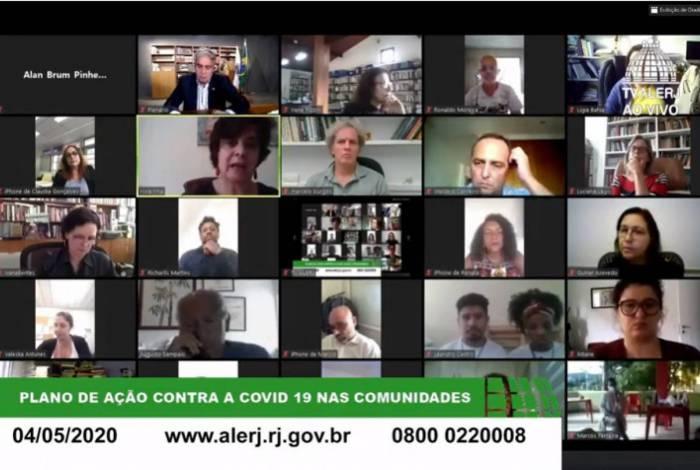 Deputados analisaram o projeto em sessão virtual