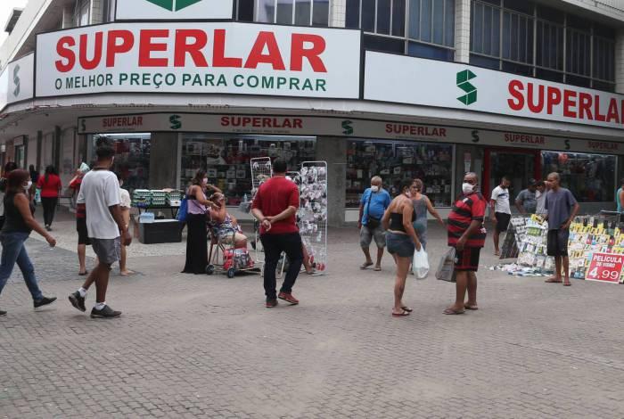 A partir de hoje, às 5h, e durante 7 dias, o Calçadão de Campo Grande ficará interditado por medida da Prefeitura do Rio, para reforçar a quarentena e evitar aglomerações