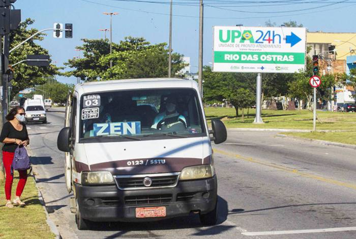 A fiscalização está atuando para evitar que os veículos transportem passageiros acima do permitido