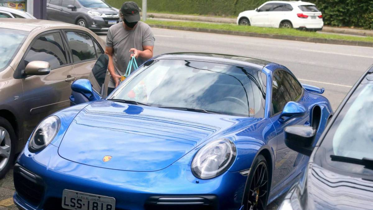 Boninho e seu Porsche