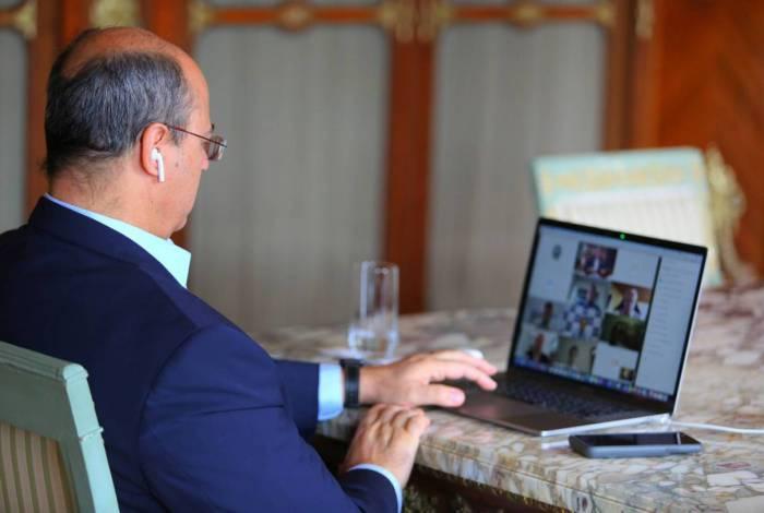 Witzel se encontrou em março com representantes dos Poderes, no Palácio Guanabara, e agora faz reuniões virtuais com eles