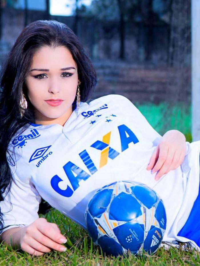 Jhovana Oliveira