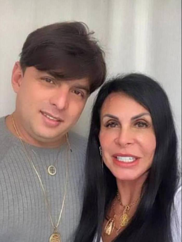 Gretchen e o novo namorado Esdras de Souza