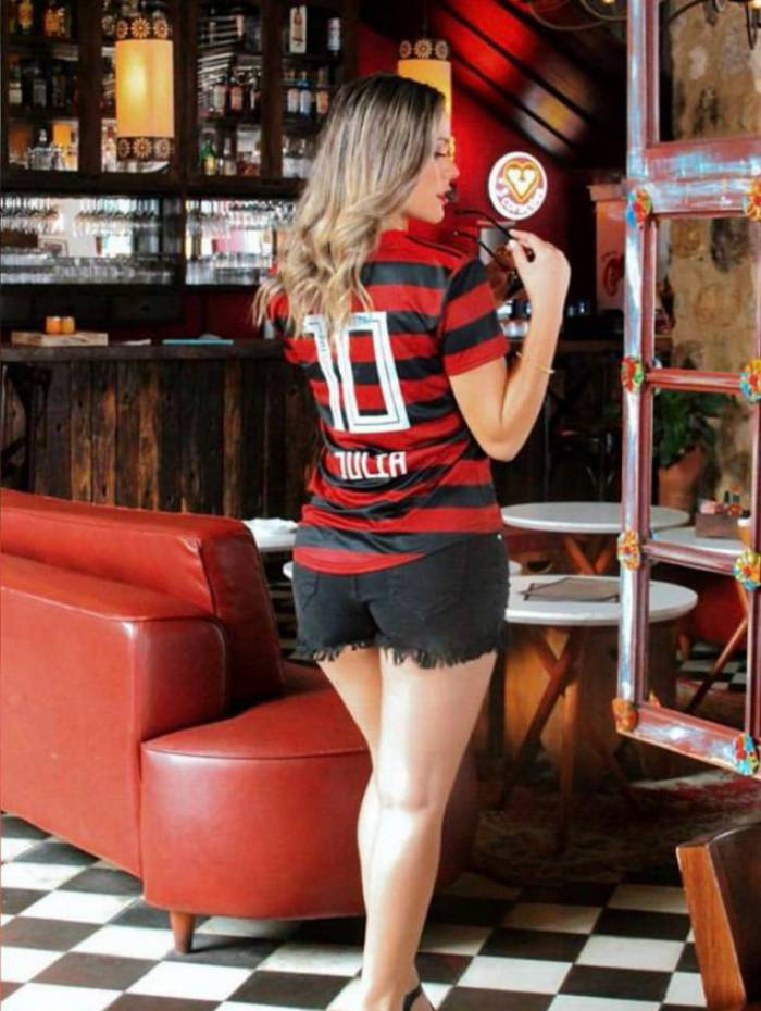 Julia Katerinne é musa do Flamengo