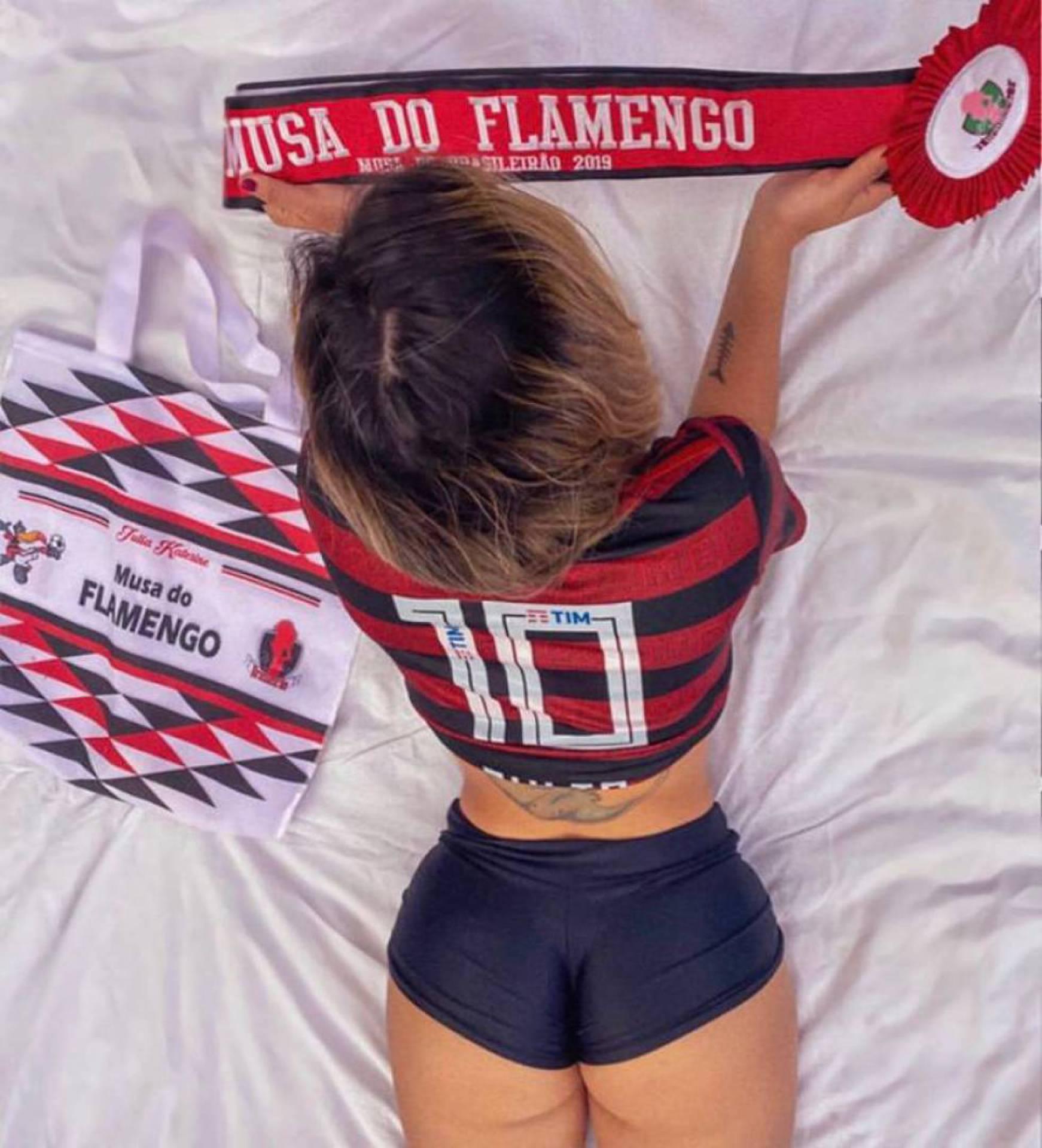 Julia Katerinne é musa do Flamengo