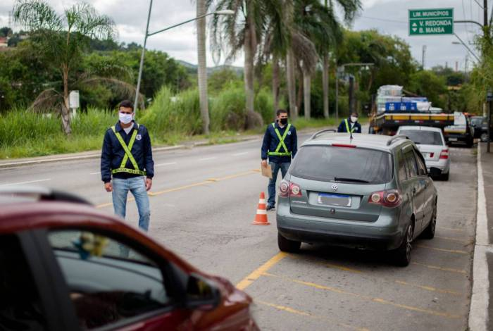 Bloqueio de segurança visa reduzir a circulação do novo coronavírus em Volta Redonda