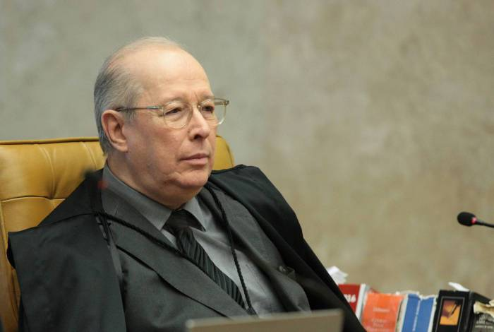 Ministro Celso de Mello durante sessão plenário do Supremo Tribunal Federal (STF)