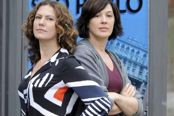 A Favorita - Donatela (Claudia Raia ) e Flora (Patrícia Pillar).