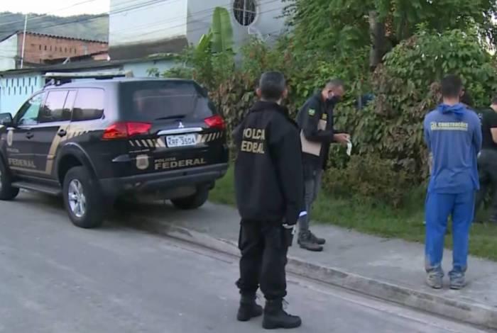 Agentes estiveram em endereços do Rio, Belford Roxo e Mesquita