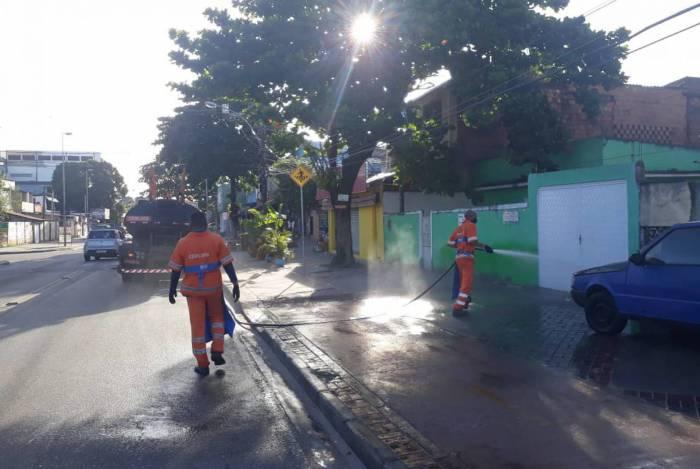 Prefeitura do Rio realiza ação de higienização de comunidades