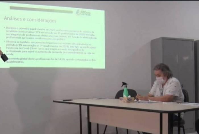 A apresentação foi feita no ambiente virtual