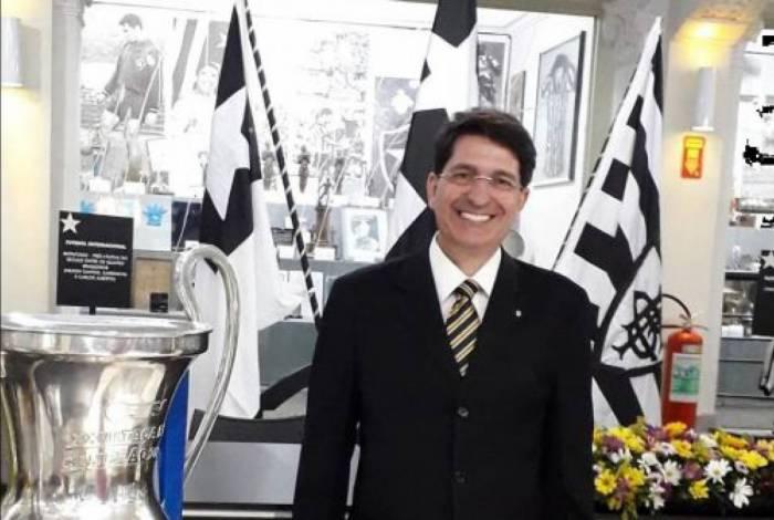 Luiz Felipe Carneiro, Benemérito do Botafogo
