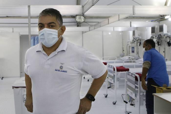 'Epidemia está em curva descendente', afirma secretário de saúde