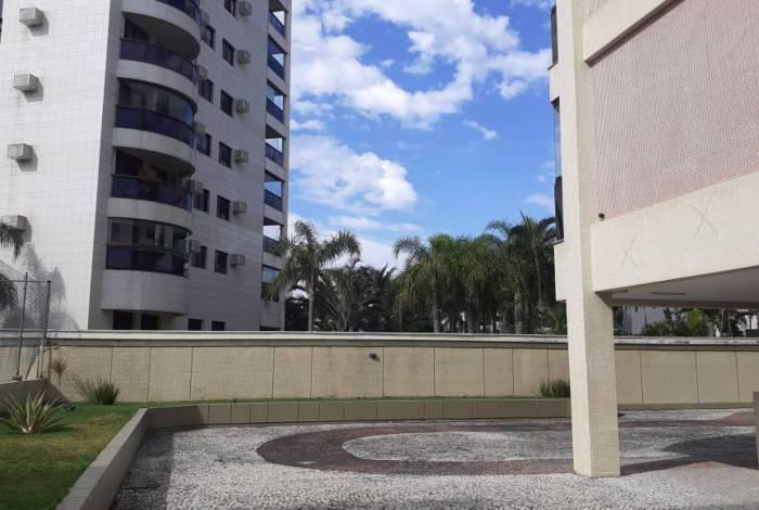 Mulher de 70 anos foi espancada até a morte pelo próprio filho em condomínio de luxo na Barra da Tijuca, na Zona Oeste do Rio