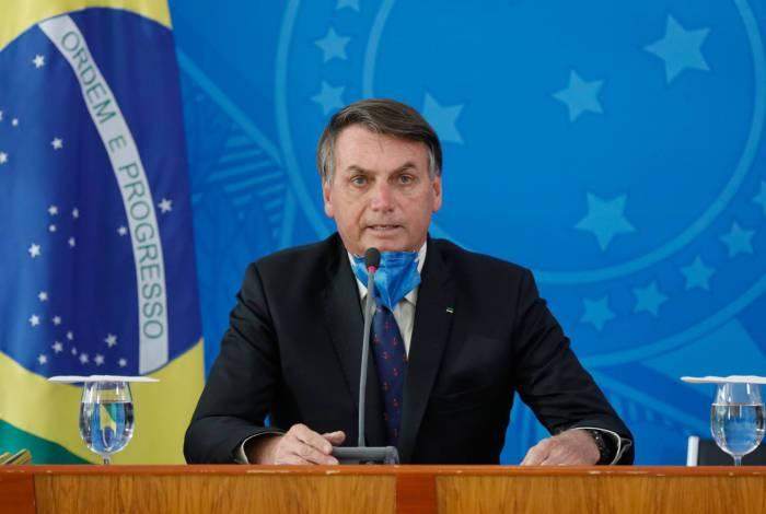 Bolsonaro é acusado por suas falas atravessadas sobre medidas de isolamento e pela ingerência na saúde pública