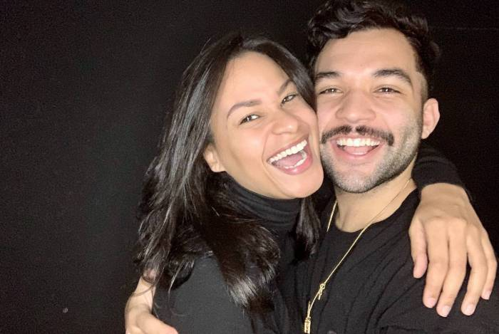 Carolina Santos e Jonathan Costa