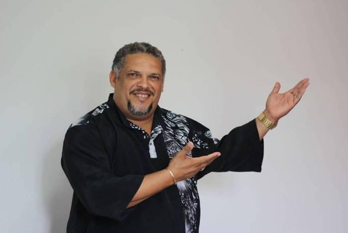 Artista será homenageado na TV num Tributo hoje a partir das 23:59 pela TV MAIS MARICA e transmitido para todo o Brasil pela COMBRASIL TV.