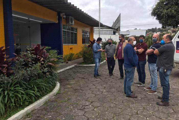 Prefeito de Teresópolis visita local onde ficarão sediadas as unidades da PRF e do DNIT