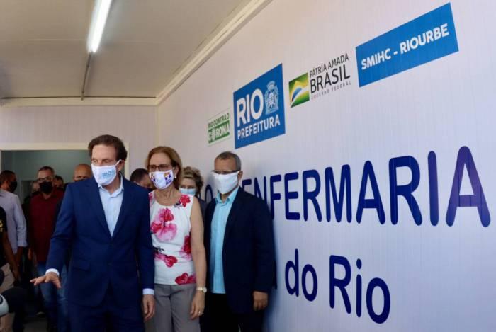O prefeito do Rio de Janeiro, Marcelo Crivella, neste domingo, a obra do primeiro Pólo de Cuidado Comunitário em Campo Grande, na Zona Oeste