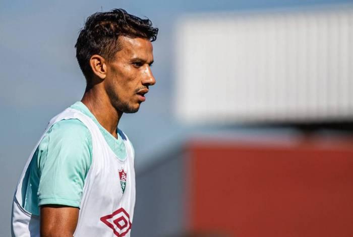 Henrique deixou o Fluminense recentemente